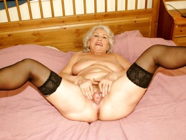 Nuogos senutės