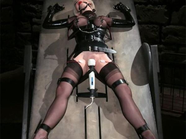 BDSM moteris