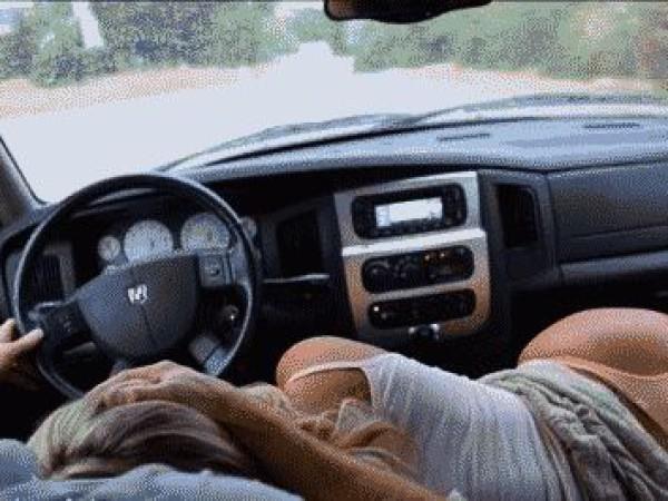 Oralinis vairuojant