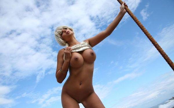 blondine-gamtoje-01