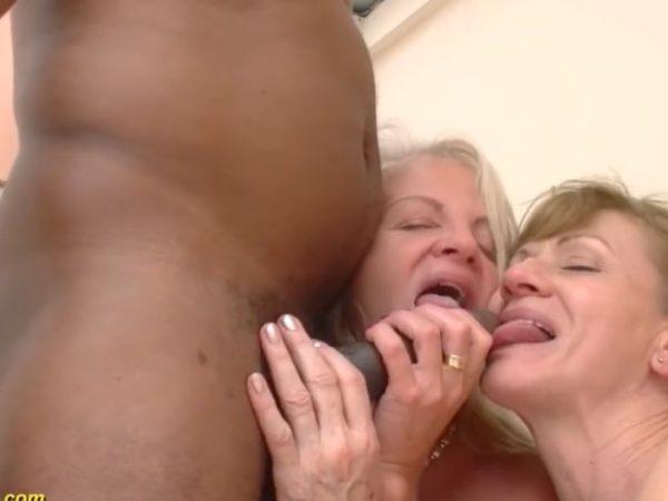 Porno su močiutėmis