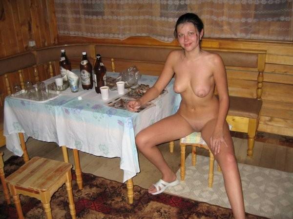 nuogos-merginos-pirty-32