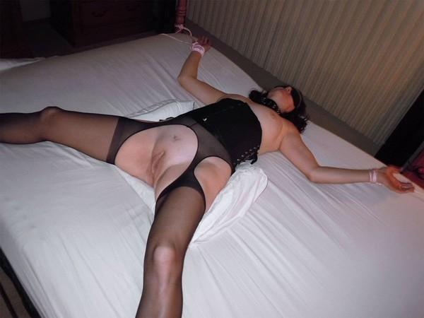 seksas-su-miegancia-zmona-04