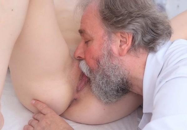 seksas-su-ginekologu-02
