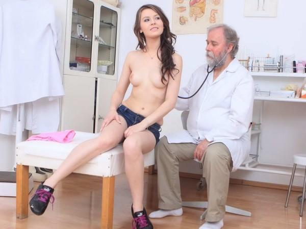 seksas-su-ginekologu-05