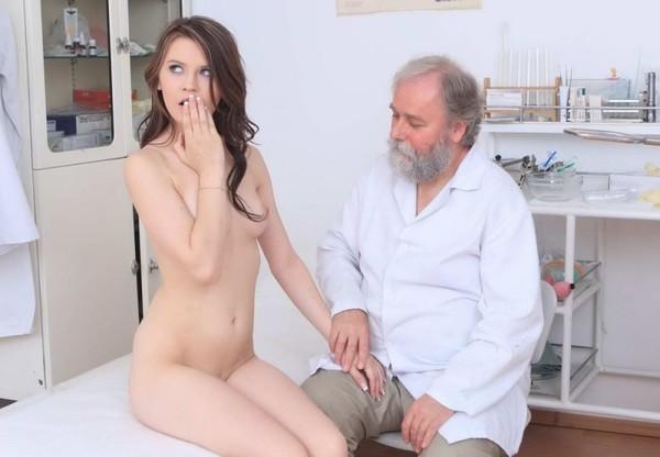 seksas-su-ginekologu-06