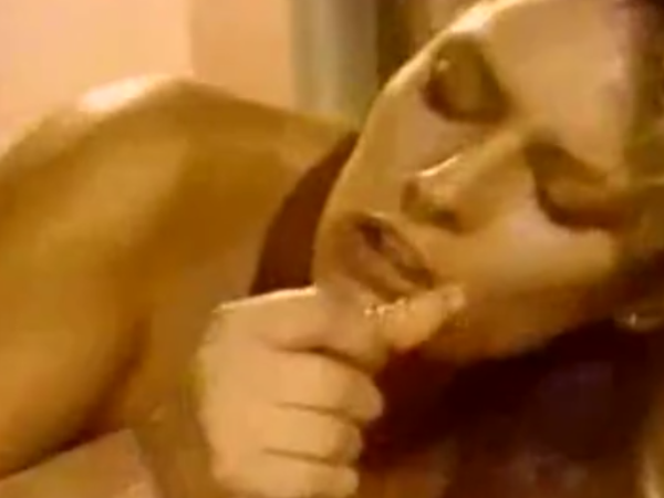 Ilgas oralinio sekso video